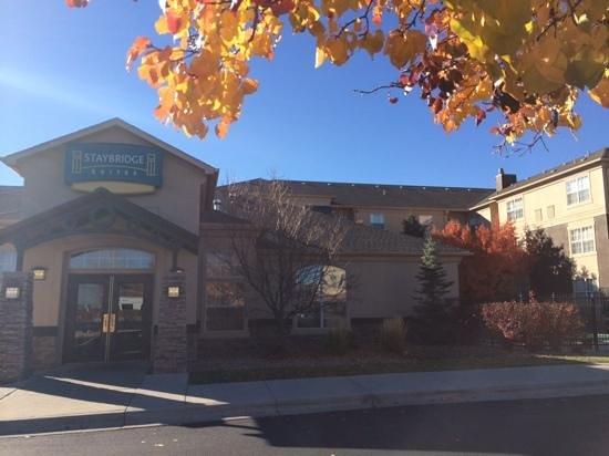 Staybridge Suites Denver Tech Center: hotel front door