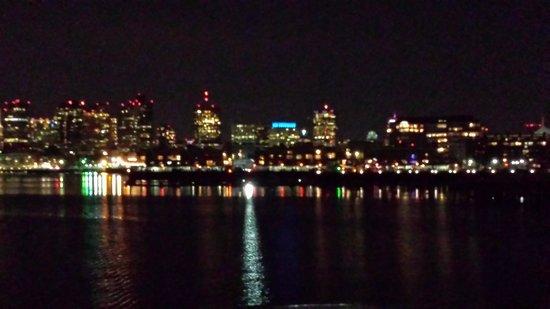 Odyssey Cruises : Boston Skyline at night from the Odyssey