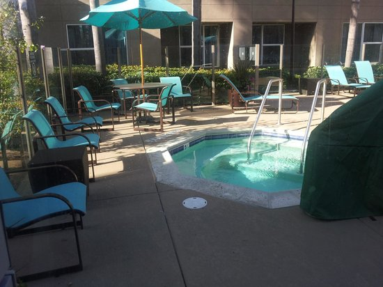 Residence Inn San Diego Carlsbad: Whirlpool area