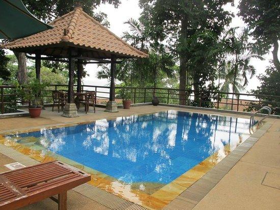 Nirwana Gardens - Indra Maya Pool Villas: private pool