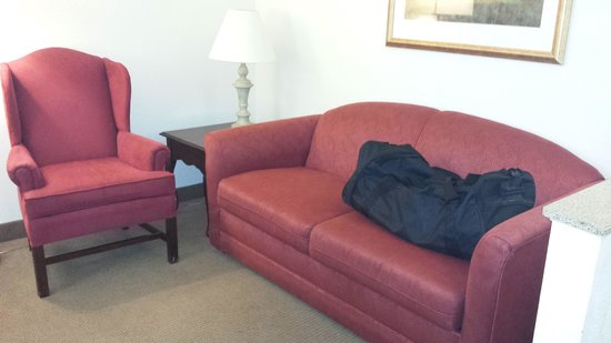 Comfort Suites Airport: Sitting Area