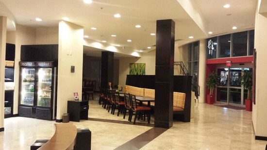Residence Inn San Jose Escazu: Lobby Breakfast Area