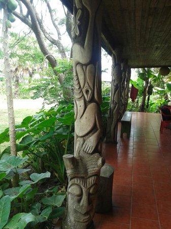 Cabañas Koro Nui : Terraza