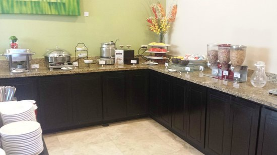 Residence Inn San Jose Escazu: Breakfast area