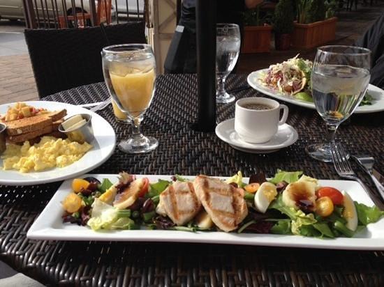 Ocean Grill: Albacore Nicoise Salad
