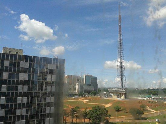 Allia Gran Hotel Brasilia Suites: Vista da janela do apartamento