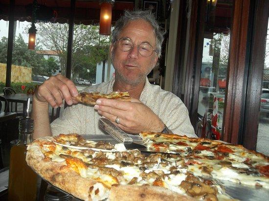 luigi's coal oven pizza: best pizza ever