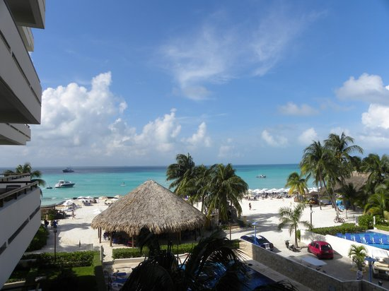 Ixchel Beach Hotel: View