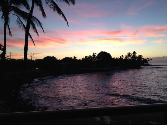 Kuhio Shores Condos: Sunrise from the lanai