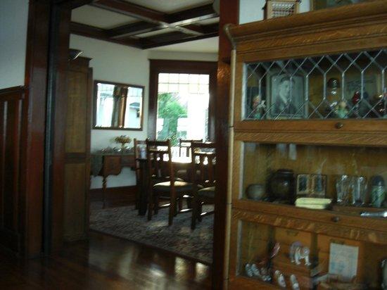 Cedar Cove Inn : Living Area
