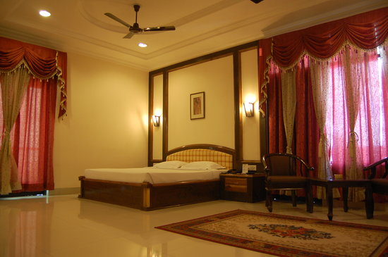 Hotel Rudra Continental: Presidential Suite