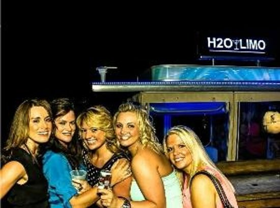 Englewood, FL: Bachlorette party on the H2O Limo
