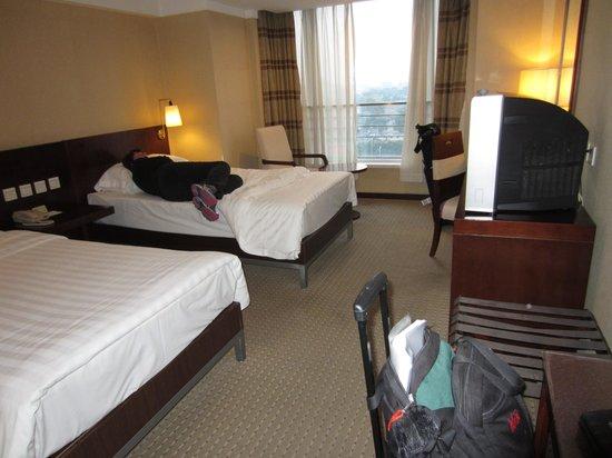Beijing Dong Fang Hotel : double room