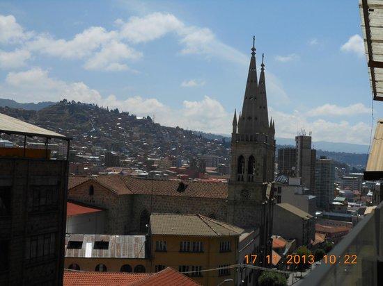 Hotel Cordillera Real: Vista da sacada onde é servido o café da manhã