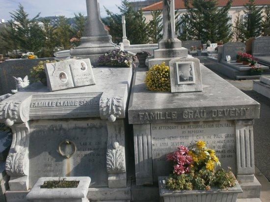 Cimetière du Grand Jas: Tomba di famiglia