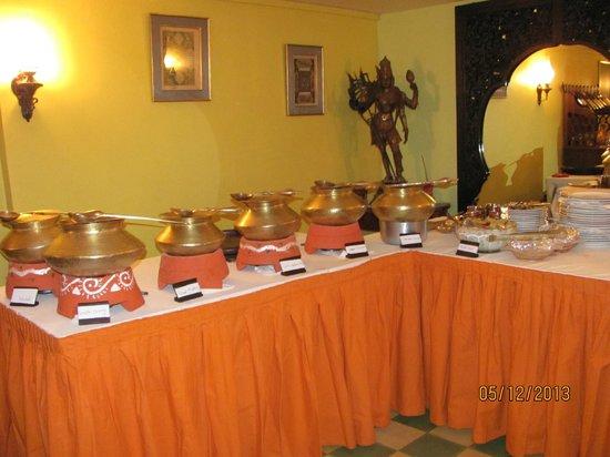 Merveilleux Indian Traditional Style Buffet Set Up At Shiva Shakti.