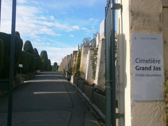 Cimetière du Grand Jas: Entrata principale