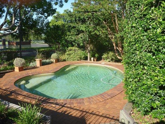 Applegum Inn: The pool ares