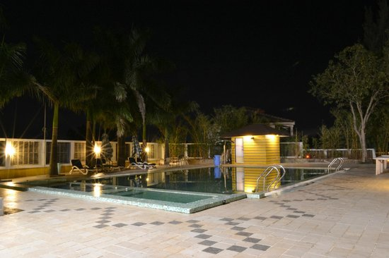 The Orchard Resort: Swimming Pool