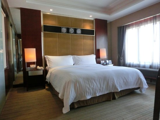 Sofitel Xian on Renmin Square : ベッドルーム