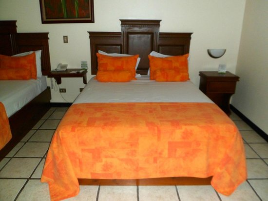 Arenal Manoa Hotel: Bed