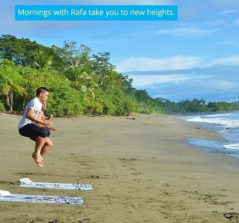 Blue Osa Yoga Retreat and Spa : training with Rafa