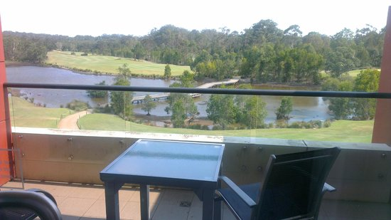 Mercure Kooindah Waters Central Coast: Golf View