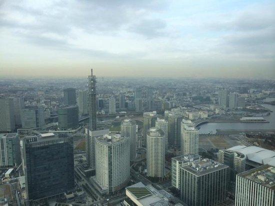 Yokohama Royal Park Hotel: 昼間の景色
