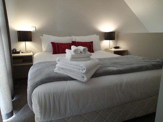 Vita Nova Motel: nice bed upstair