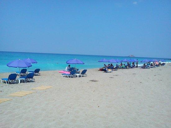 Gialos Beach: Midday