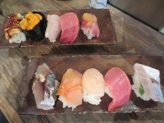 Endo Sushi Kyobashi : Plates of sushi