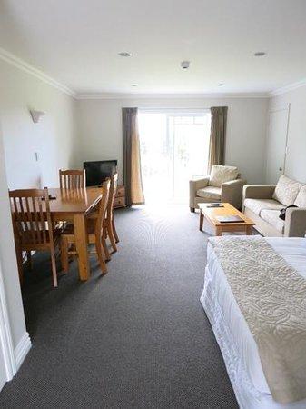 Kerikeri Park Lodge: 2階向かって左端の部屋