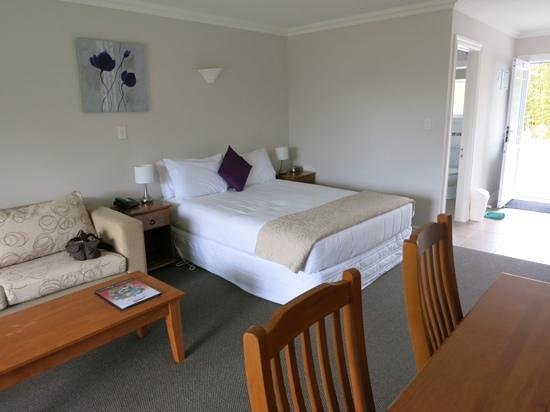 Kerikeri Park Lodge: ベッドは少し柔らかめでした。