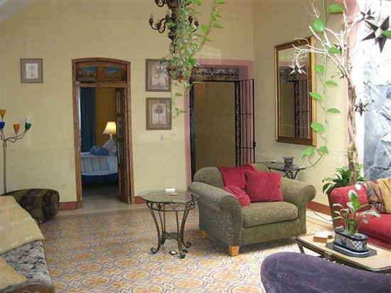 Casa Rayon: The Living Room / Central Court yard