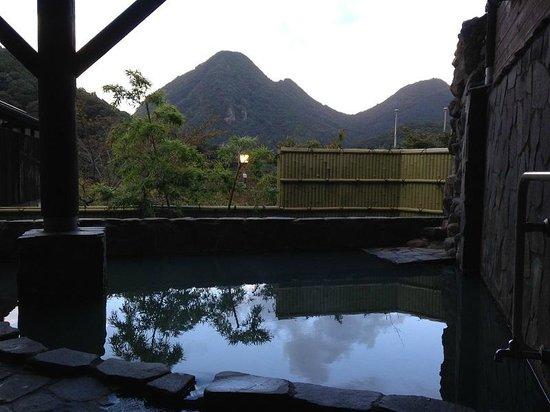 Akanenosato : 露天風呂からの眺め」