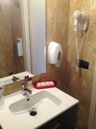 Hotel Sa Barrera: Туалетные принадлежности