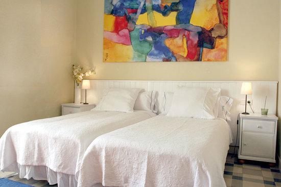 Hostal Poblenou Bed & Breakfast: Habitación Dalí