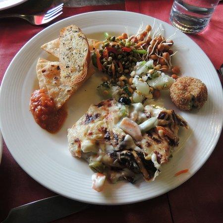 Hotel Regaalis: Salad & Pasta