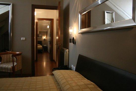 Bagno In Comune Hotel : Junior suite composta di stanze con bagno in comune picture of