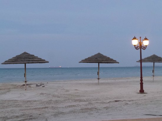 Danat Jebel Dhanna Resort : The Beach