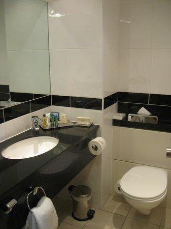 Hilton Blackpool Hotel: Spotless bathroom