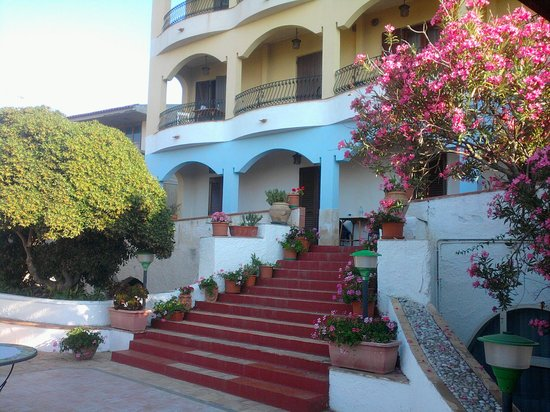 Hotel Kalos: the hotel