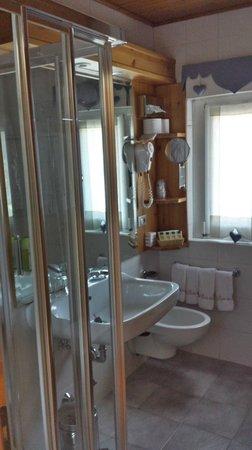 Hotel Baita dei Pini: Bagno