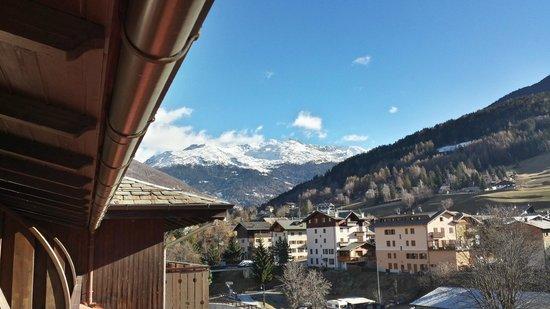Hotel Baita dei Pini: Balcone Camera