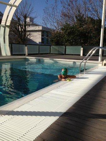 Hotel Boemia: piscina riscaldata, bagno da sogno
