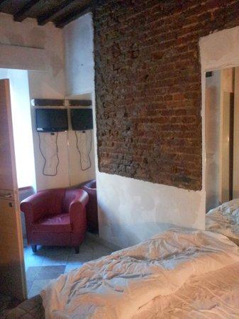 Mazzini 16 Downtown : la stanza doppia con bagno privato