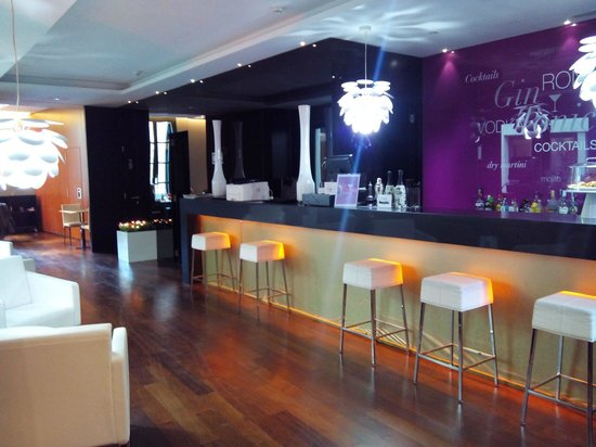 Catalonia Catedral: Bar de l'hôtel
