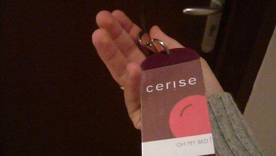 Cerise Carcassonne Sud : Llave de la habitación