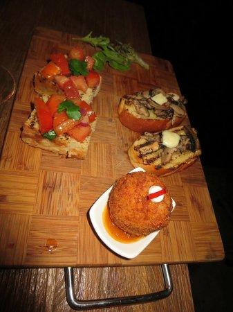 Noti Restaurant & Bar: Combination of starters