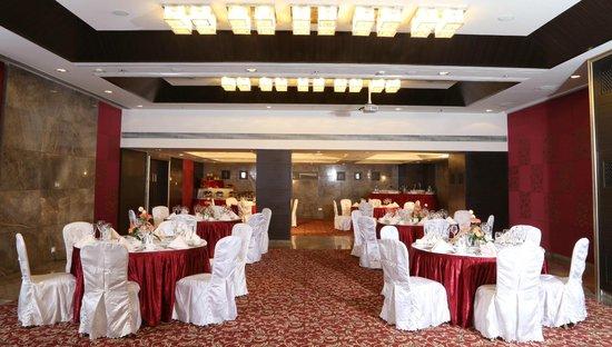 Country Inn Suites By Radisson Navi Mumbai Lotus Hall